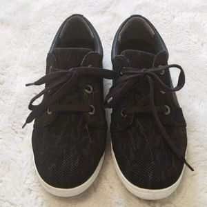 Barefoot Freedom Sneakers